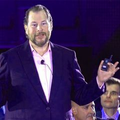 CEO DE SALESFORCE PIDE MAYOR REGULACIÓN A REDES SOCIALES